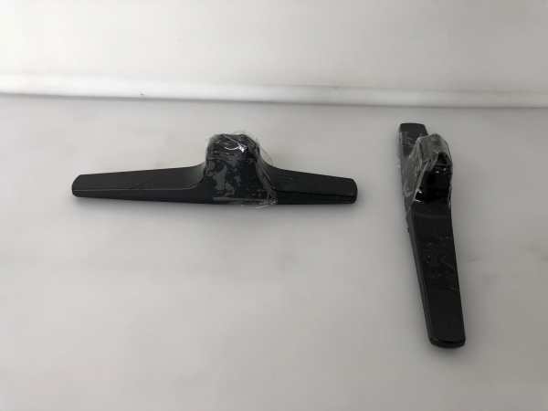 Standfüsse für Hisense LTDN40D50TS