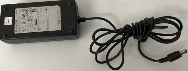 API-208-98010 IN (100-240V-1.5A) OUT (12V-3.0A)
